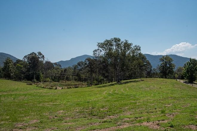 Picture of MOUNT SAMSON QLD 4520