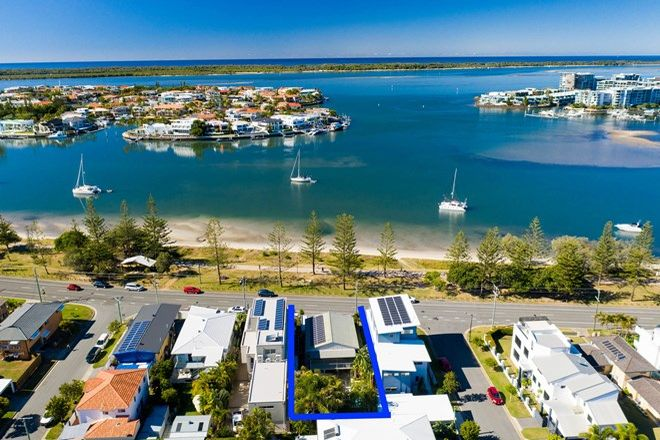 Picture of 94 The Esplanade, PARADISE POINT QLD 4216