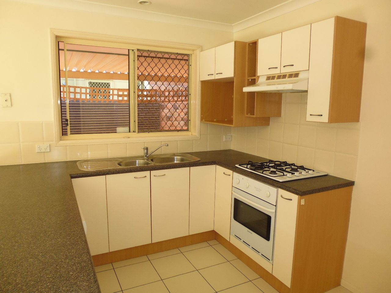 28 Kooringal Street, Tingalpa QLD 4173, Image 2