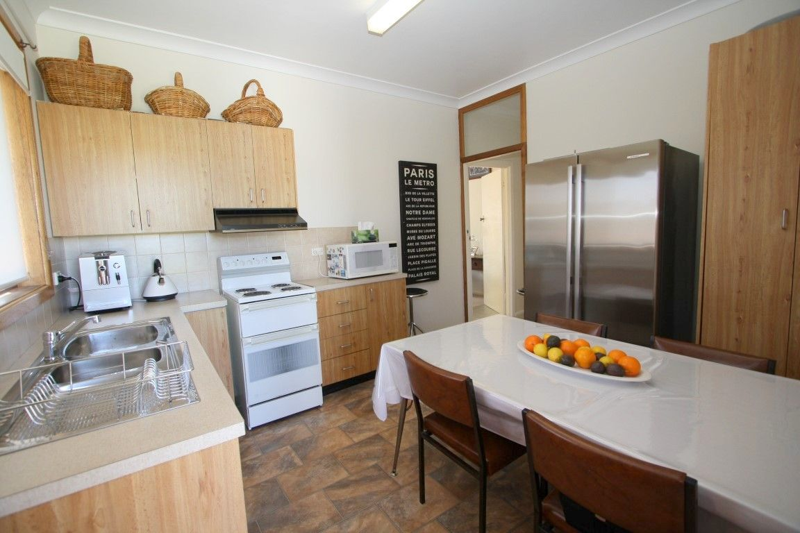 37 Baron Street, Cooma NSW 2630, Image 2