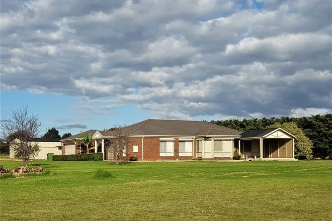 Picture of 157 Hoyt St, LINDENOW VIC 3865