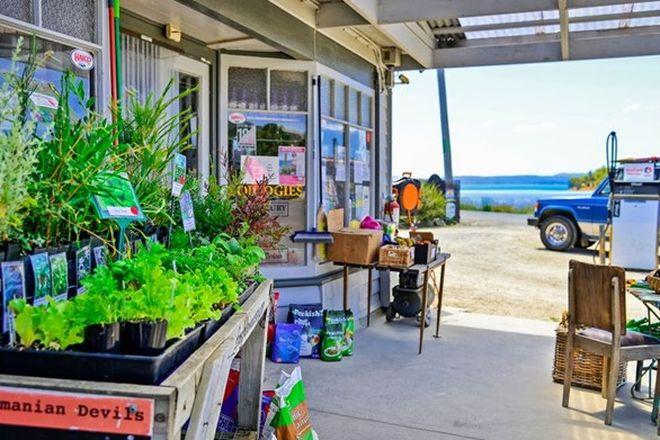 Picture of Old Trading Store, Saltwater River Road, PREMAYDENA TAS 7185