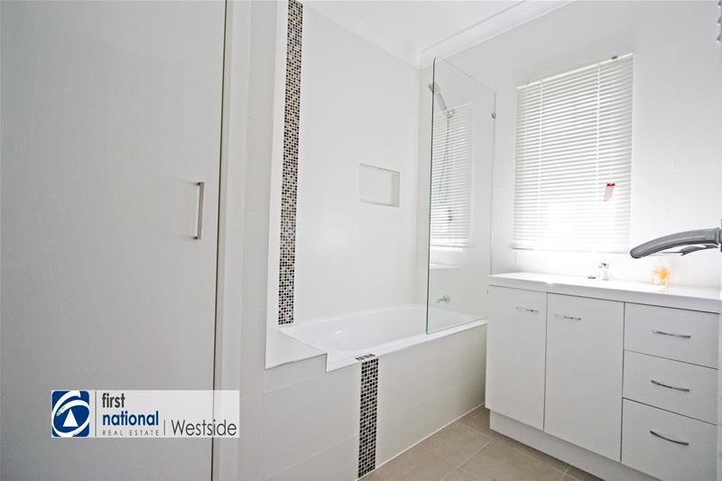 138 Redbank Plains Road, Bellbird Park QLD 4300, Image 2
