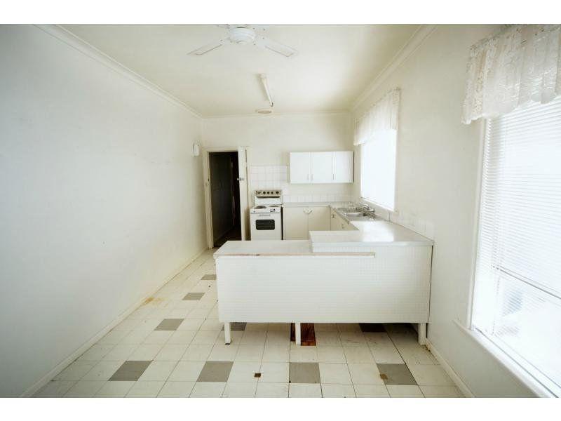 443 Wood Street, Deniliquin NSW 2710, Image 1