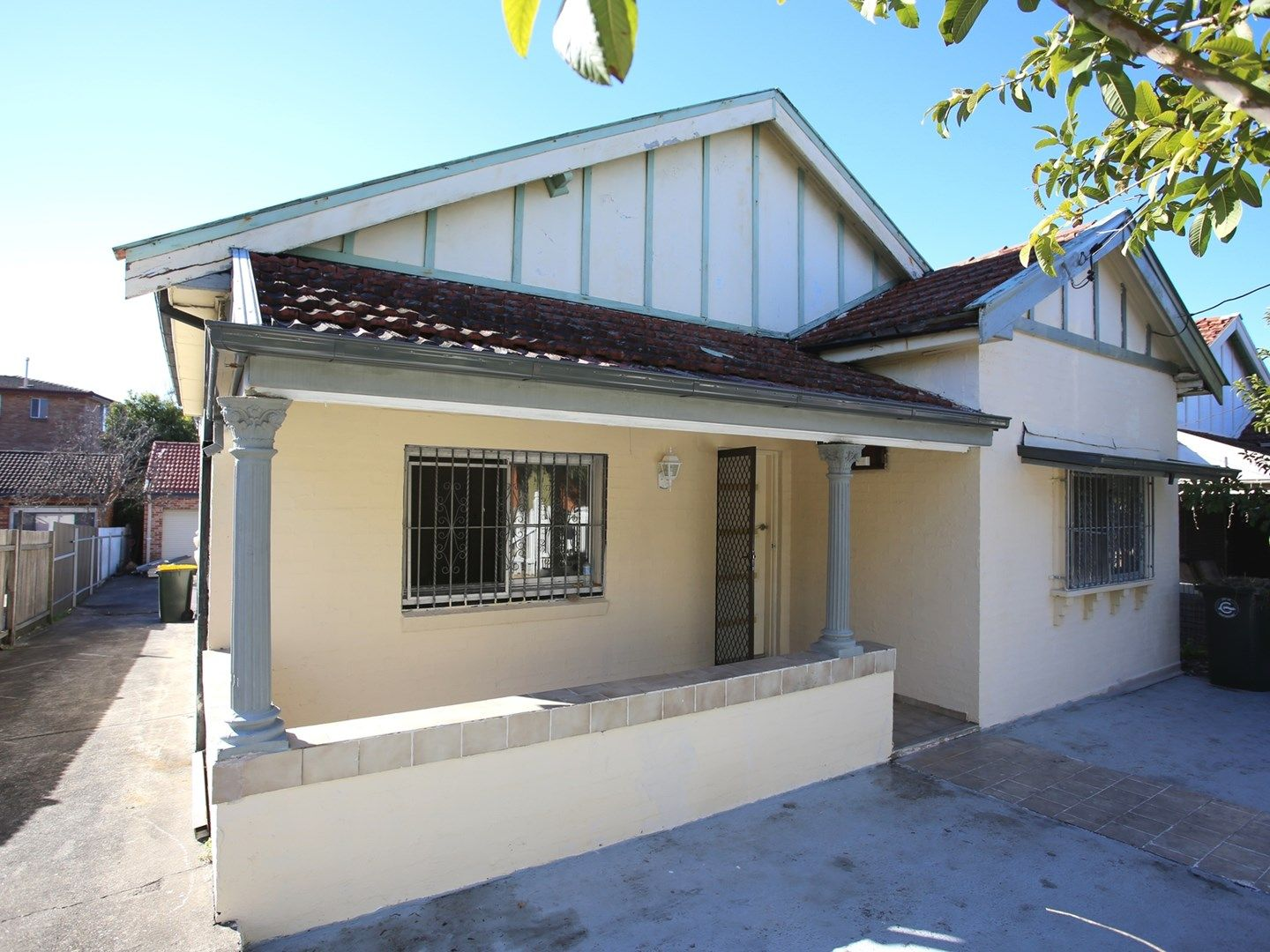 31 Lincoln Street, Campsie NSW 2194, Image 0