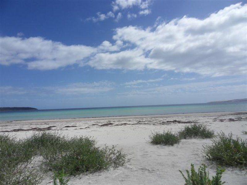 162 De Couedie Drive, Island Beach SA 5222, Image 2