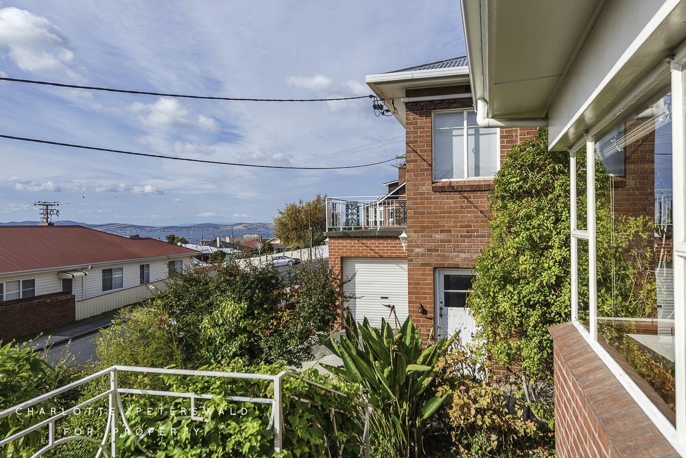 4 Elaine Crescent, West Hobart TAS 7000, Image 2
