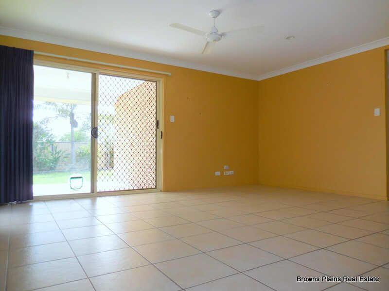 17 Lake Cooloola Court, Logan Reserve QLD 4133, Image 1