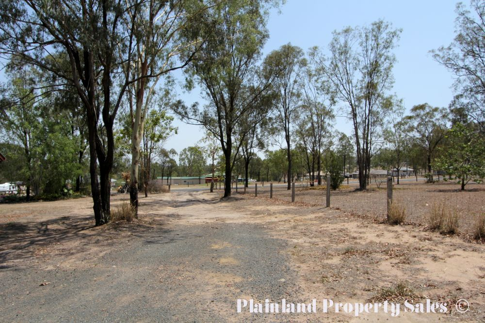 3 rosalind crt, Regency Downs QLD 4341, Image 2