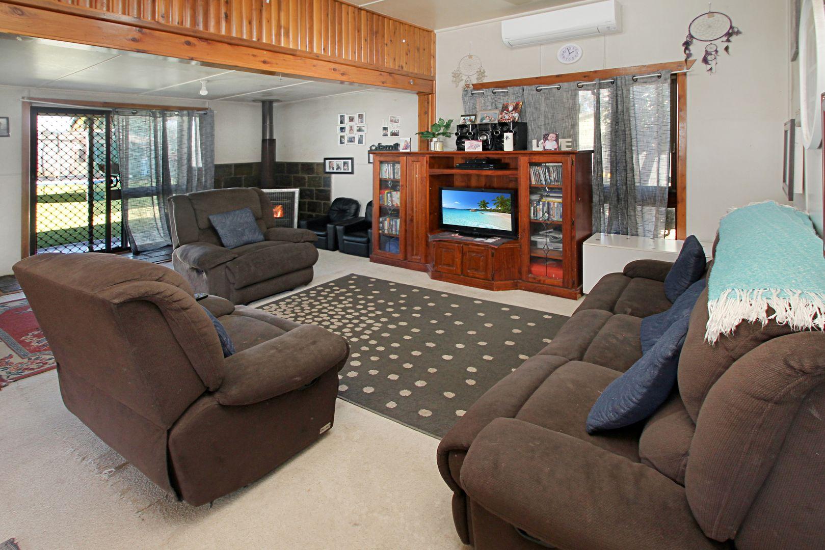 5 Pollock Street, Quirindi NSW 2343, Image 2
