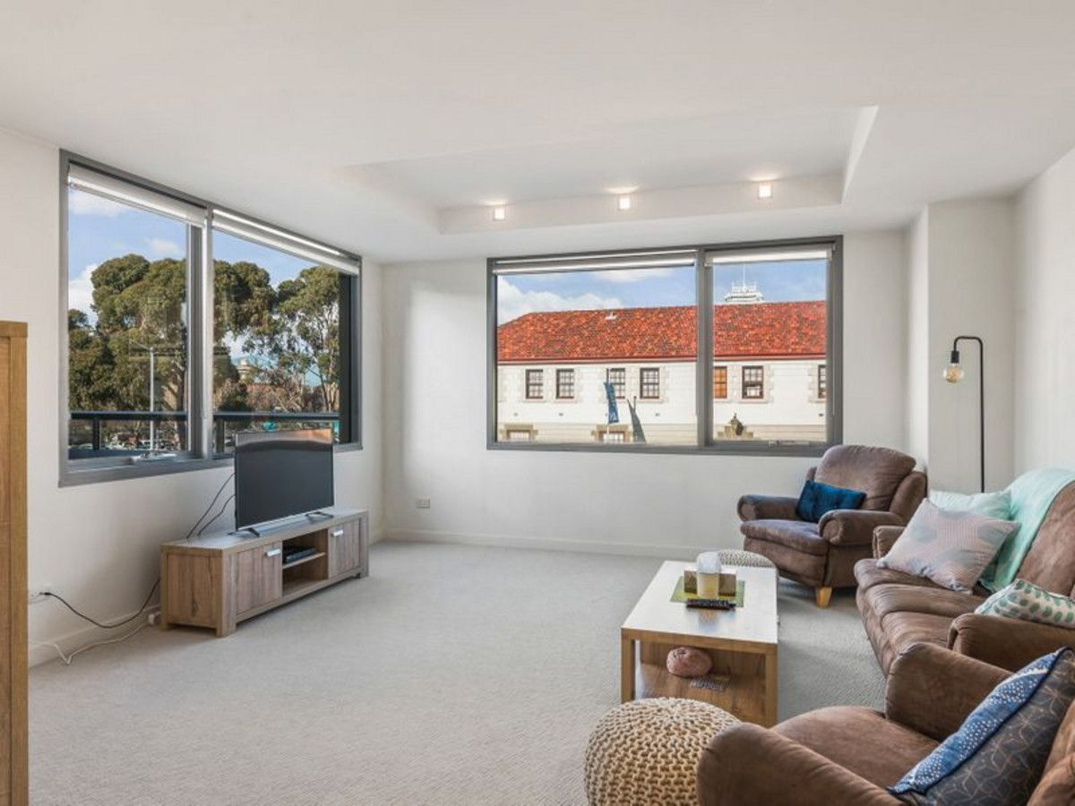 2/81 Macquarie Street, Hobart TAS 7000, Image 2