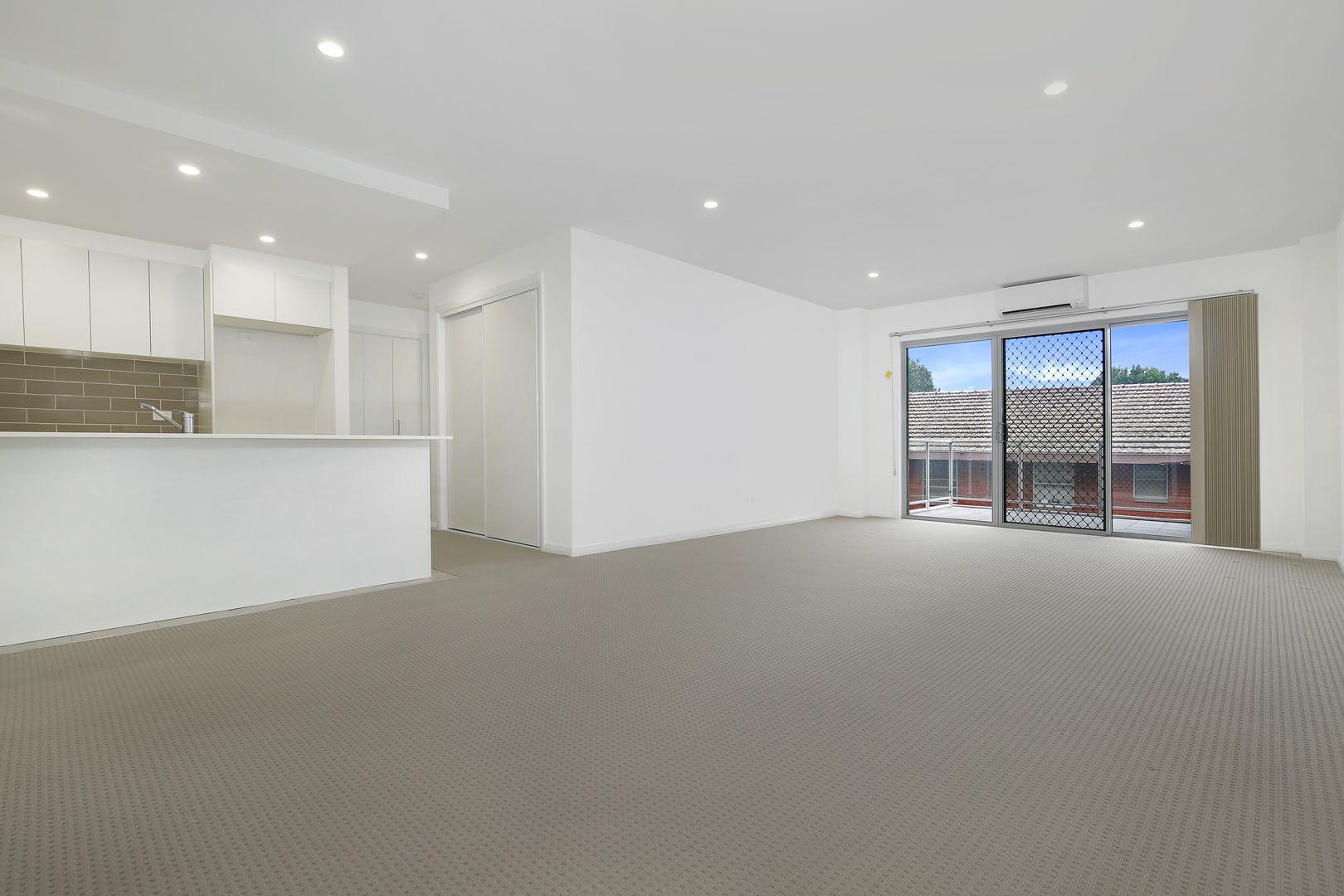 11/23-25 Staff Street, Wollongong NSW 2500, Image 1