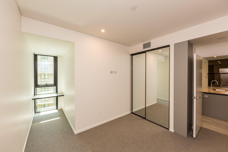 304/9 Christie Street, South Brisbane QLD 4101, Image 2