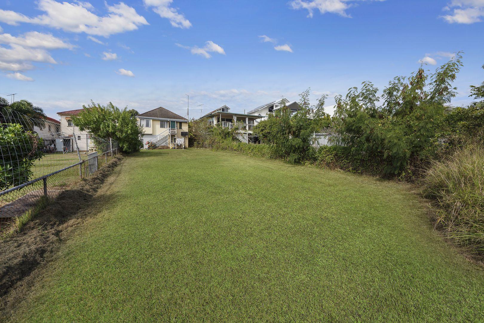 73 Seaville Avenue, Scarborough QLD 4020, Image 1