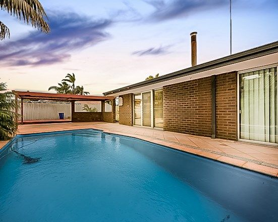 14 Kingsbridge Road, Warnbro WA 6169, Image 2