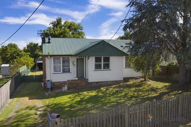 Picture of 4 McLean Avenue, ARMIDALE NSW 2350