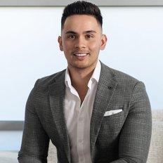 Darnell Haselau, Sales representative