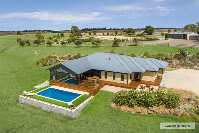 Picture of 220 Corrigans Lane, DARRAWEIT GUIM VIC 3756