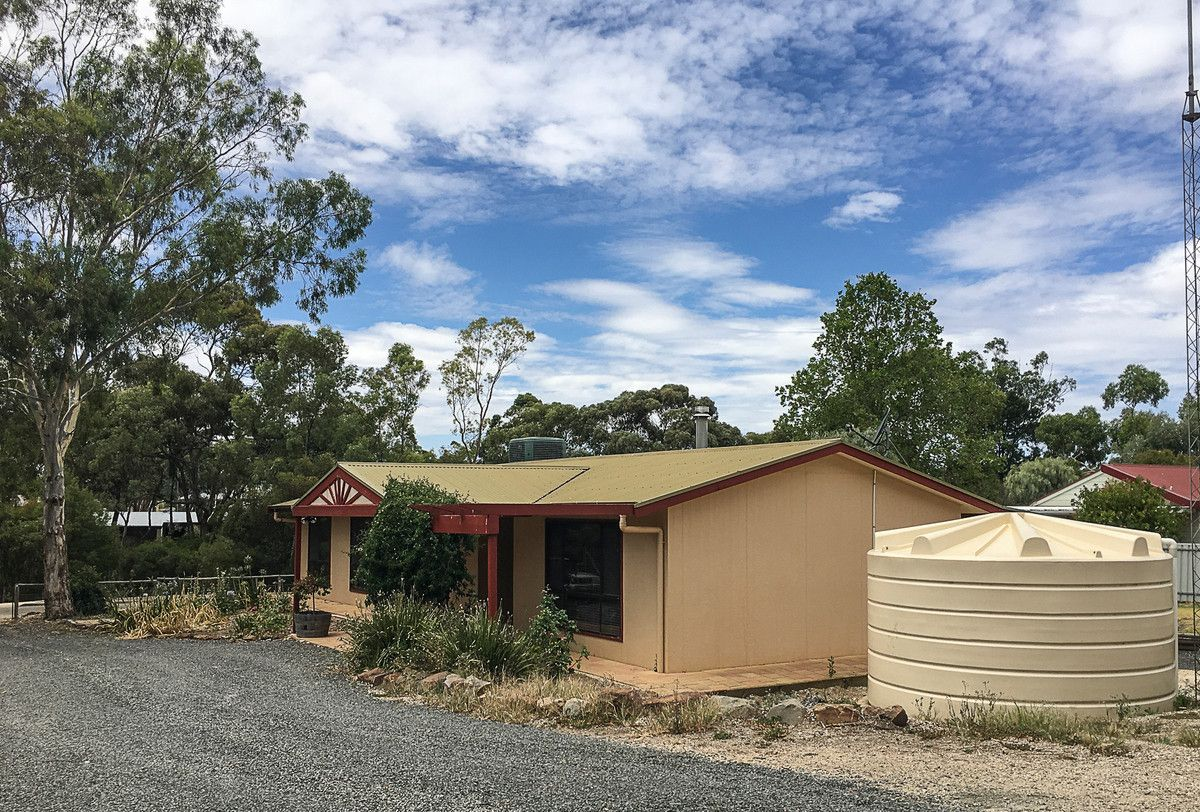 4 West Road, Watervale SA 5452, Image 1
