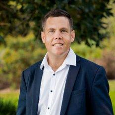 Craig Avery, Sales representative