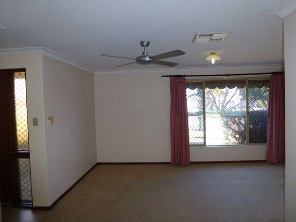 1 Teano Place, Marangaroo WA 6064, Image 2
