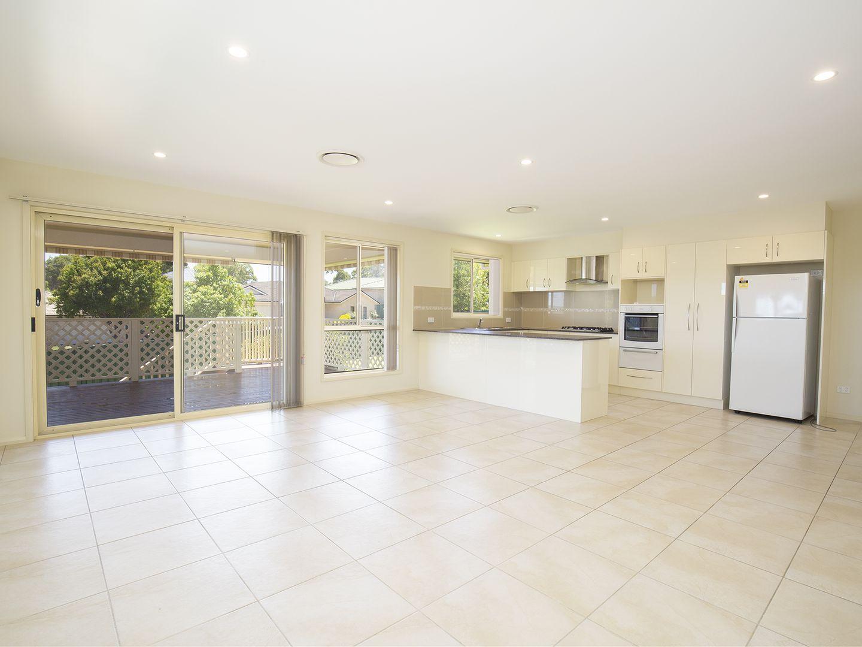 2 Sandalwood Avenue, Fletcher NSW 2287, Image 2