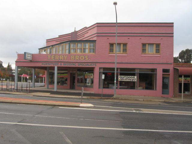 248 Boorowa Street, Young NSW 2594, Image 2