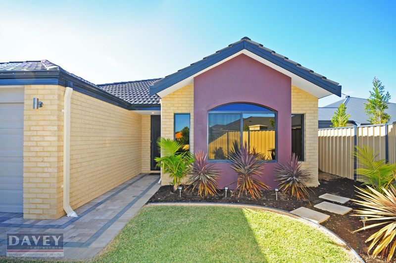 16 Grallina Way, Tapping WA 6065, Image 2