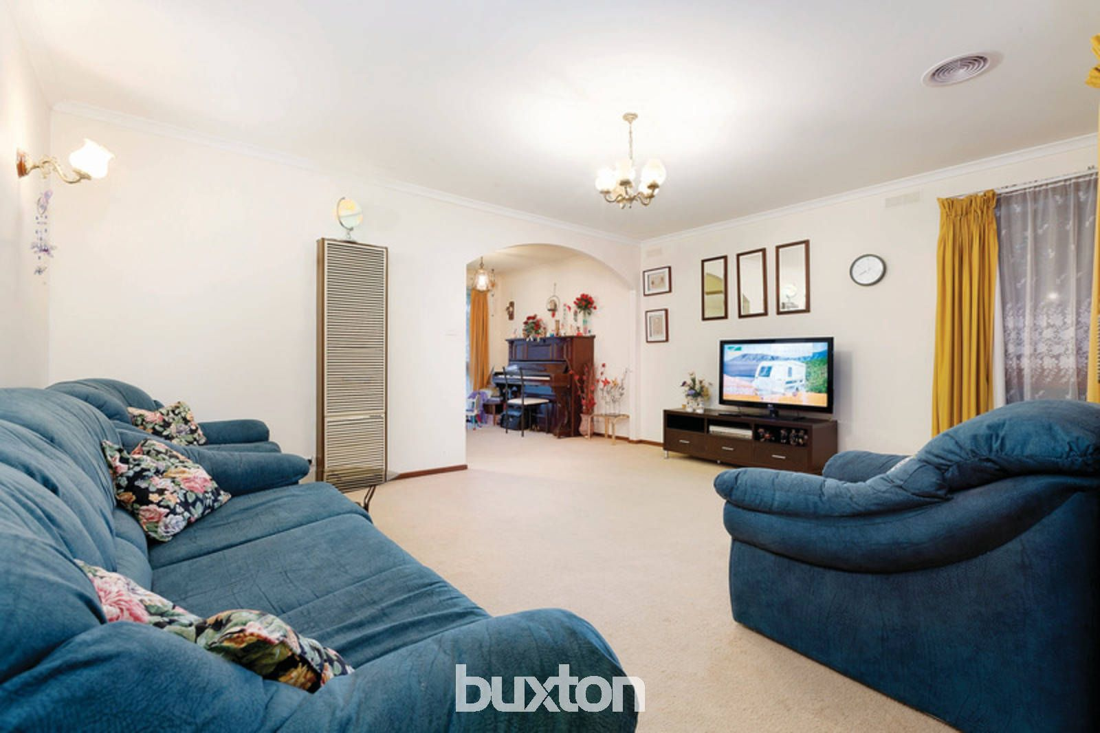 8 Townsend Court, Alfredton VIC 3350, Image 2
