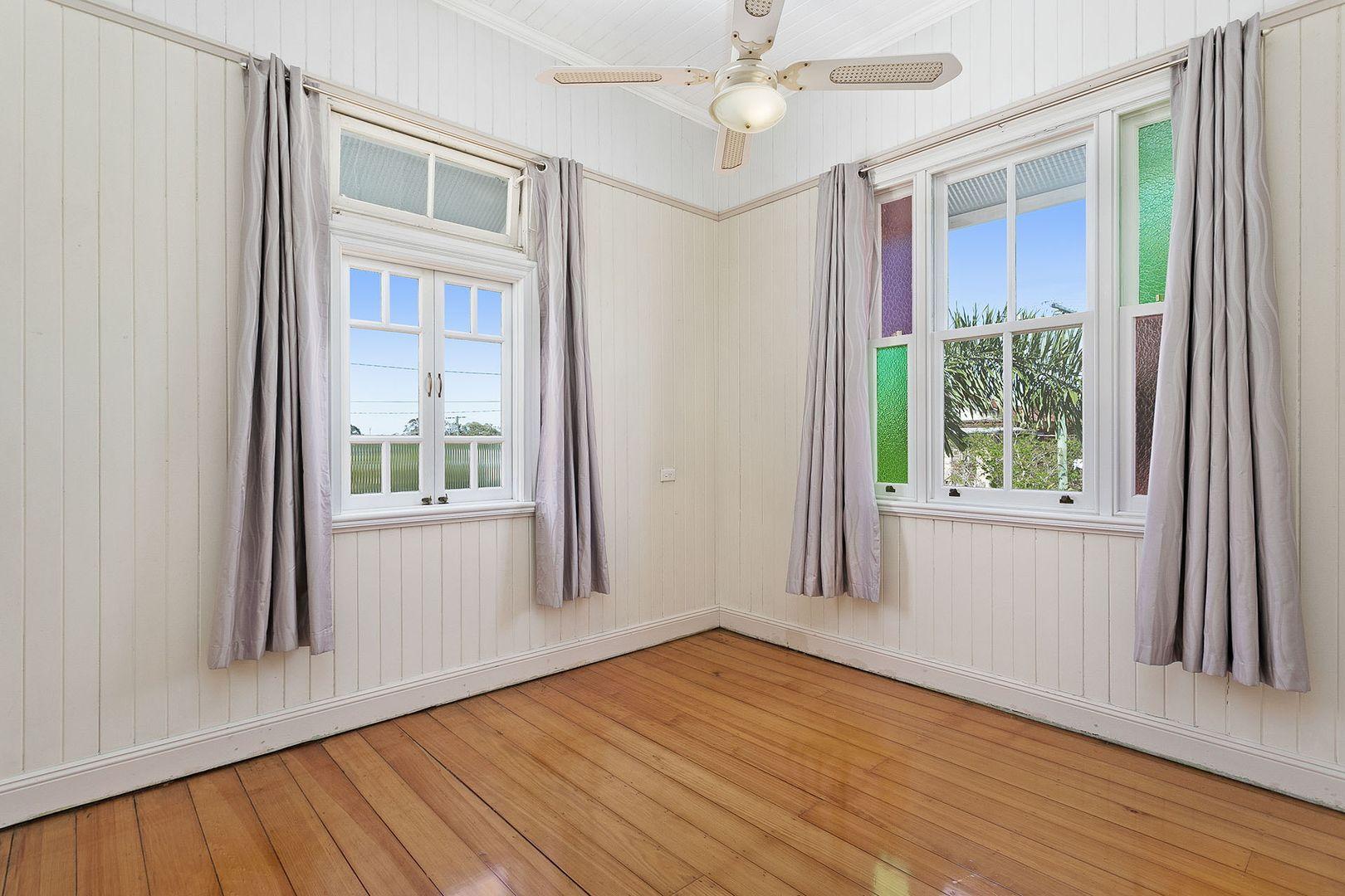 18 Chermside Street, Grange QLD 4051, Image 2