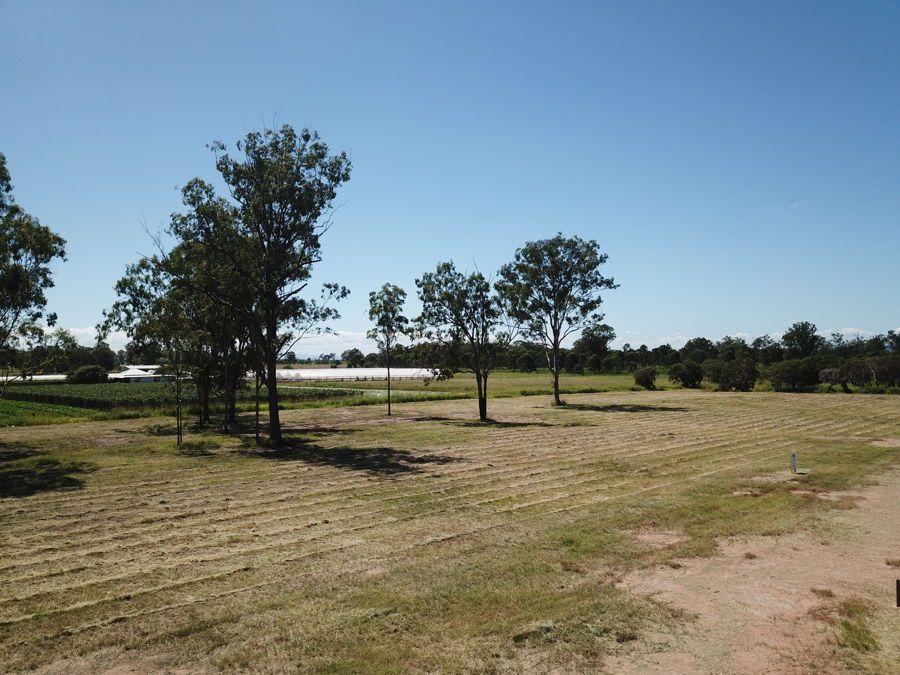 3 Maragon Court, Lake Clarendon QLD 4343, Image 2