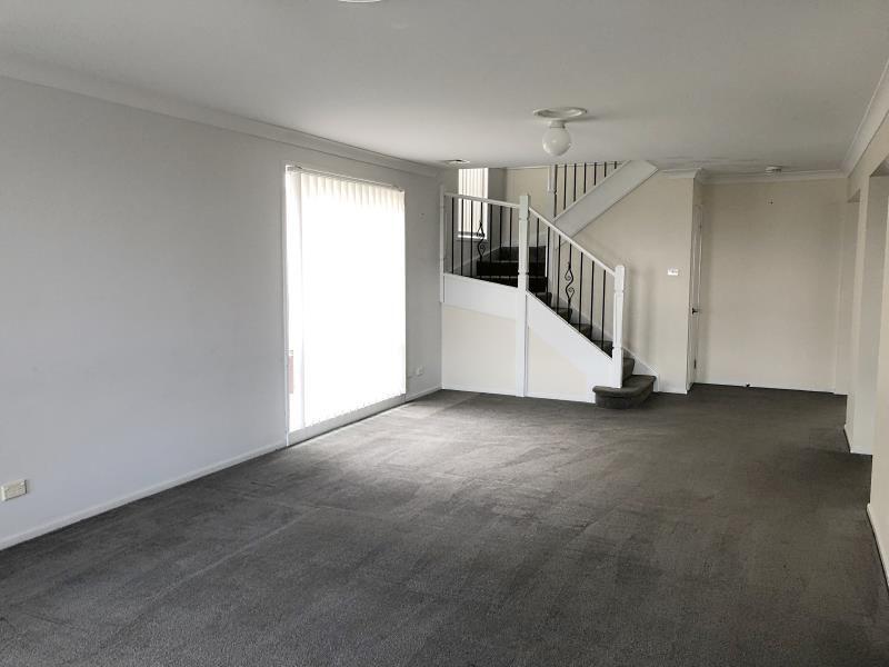 40 Avondale Drive, Thornton NSW 2322, Image 2