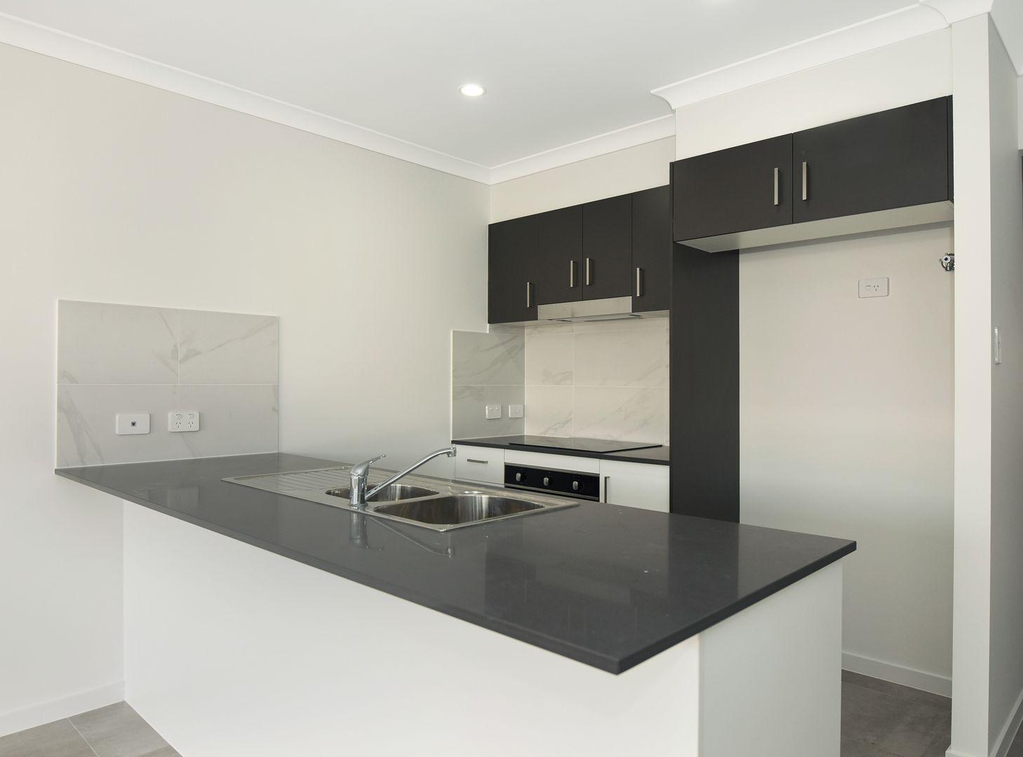 1/34 Radcliffe Crescent, Glenvale QLD 4350, Image 2