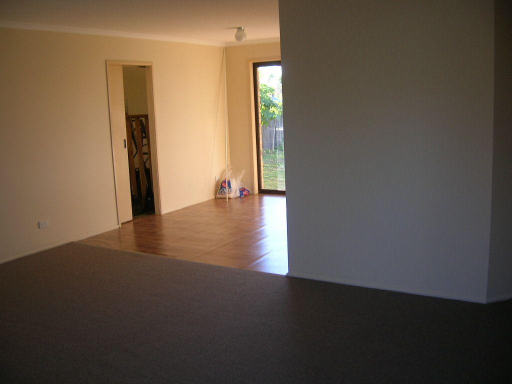 15 Carmela Crescent, Morayfield QLD 4506, Image 2