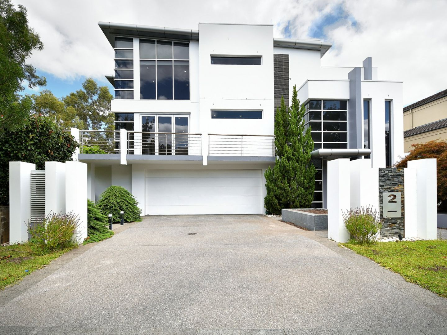 2 Ashburn Close, Bella Vista NSW 2153, Image 0