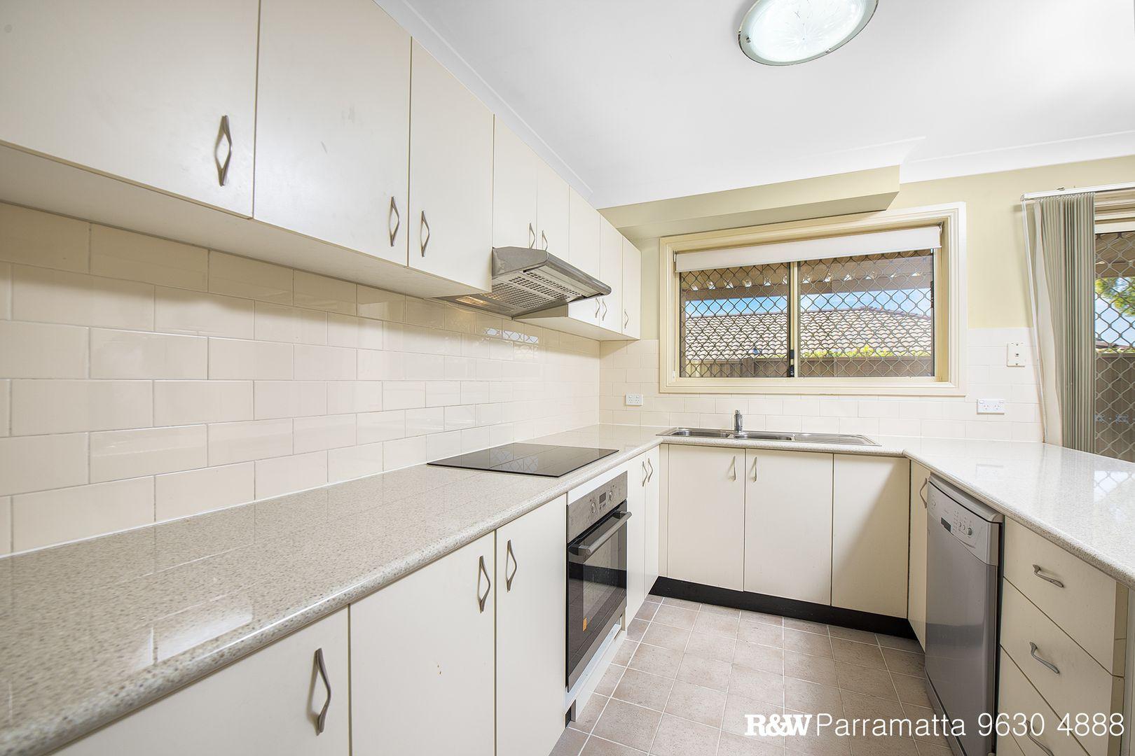 2/7 Rhonda Street, Pendle Hill NSW 2145, Image 0