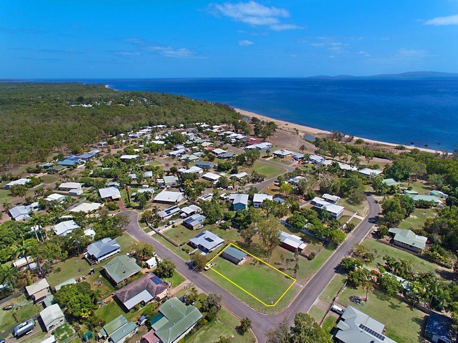 7 Howitson Dr, Balgal Beach QLD 4816, Image 0