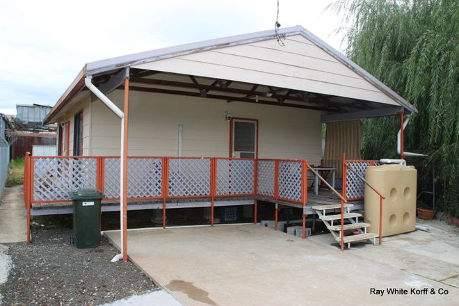 Picture of 6 CASTLEREAGH, COONABARABRAN NSW 2357
