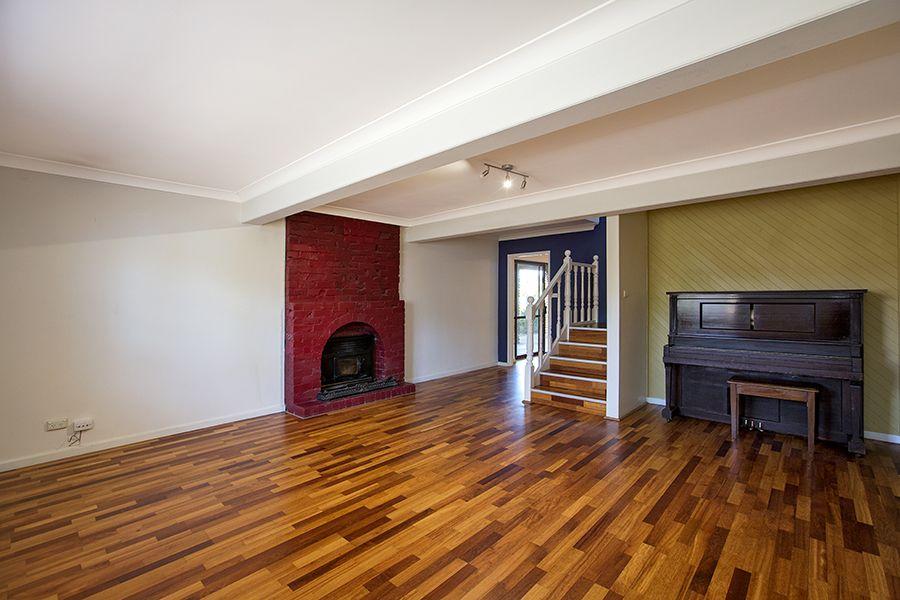 5 Girraween Street, Tamworth NSW 2340, Image 2