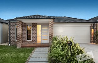 Picture of 17 Scullin Street, Cranbourne East VIC 3977