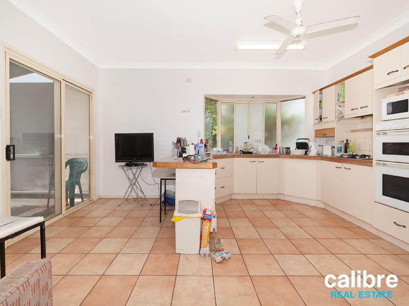 1/12a Norwood Street, Toowong QLD 4066, Image 2