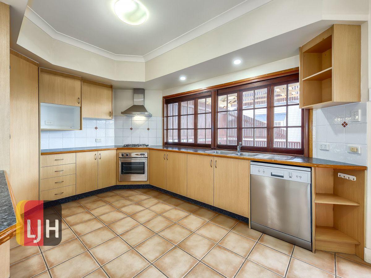 103 Cremorne Road, Kedron QLD 4031, Image 2