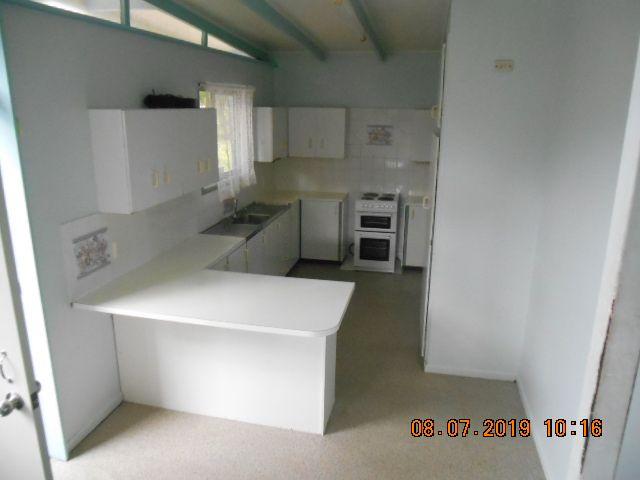 9 McGahey Street, Rothwell QLD 4022, Image 2