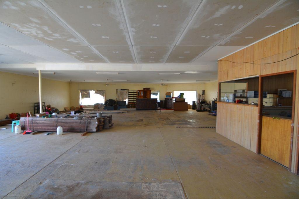 422 Robinson Street, Carnarvon WA 6701, Image 2