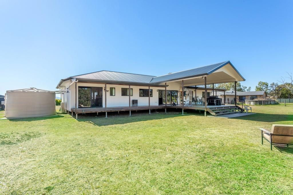 79 Parkridge Drive, Withcott QLD 4352, Image 2