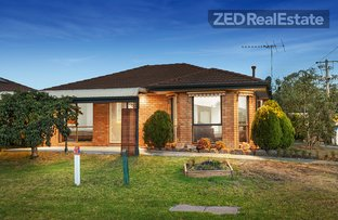 Picture of 1/13 Navarre Drive, Cranbourne West VIC 3977