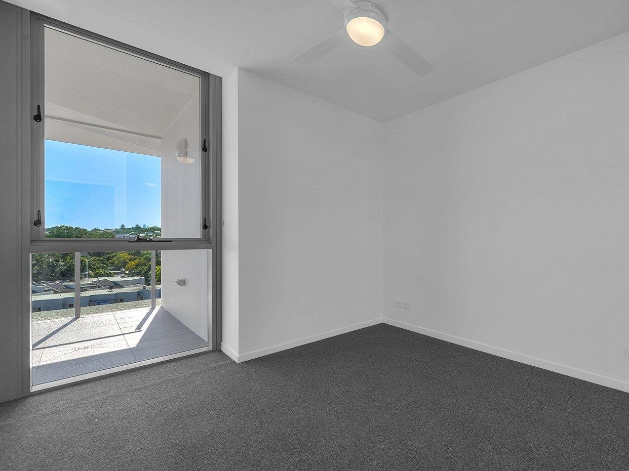 1073/36 Evelyn Street, Newstead QLD 4006, Image 2