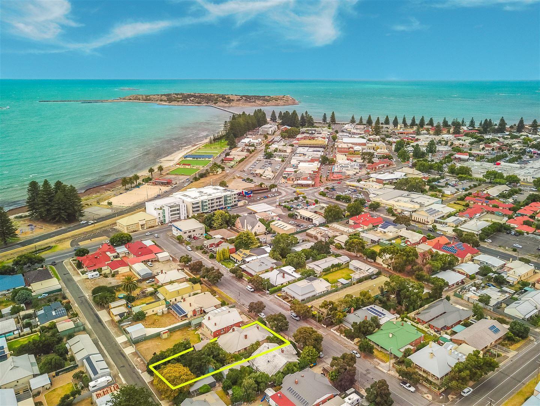 12 Cornhill Road, Victor Harbor SA 5211, Image 2