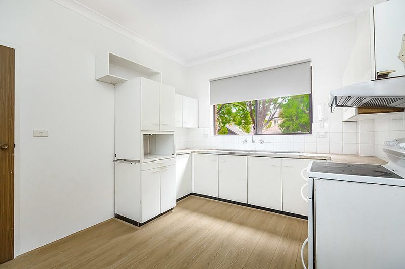 5/40 Hampton Court Road, Carlton NSW 2218, Image 1