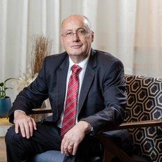 Andrew Hills, Sales representative